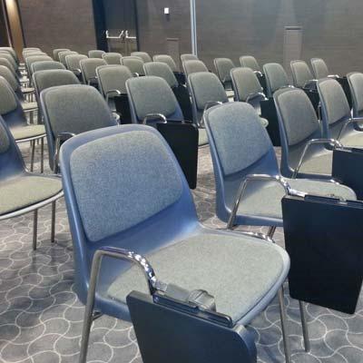 Noleggio sedie per manifestazioni, meeting, corsi di ...
